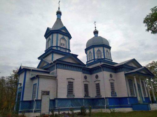 У Черкаській єпархії митрополит Феодосій освятив відроджений храм